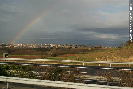 Rainbow over Carcassonne - Photos of La Cité de Carcassonne - Departament of Aude, FRANCE. Image #30156