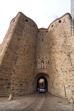 La Cité de Carcassonne - Photos of La Cité de Carcassonne - Region of Languedoc-Rousillon - FRANCE. Image #30228
