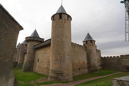 Castle of Carcassonne - Photos of La Cité de Carcassonne - Region of Languedoc-Rousillon - FRANCE. Image #30220