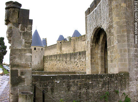 Narbonne Gate - Photos of La Cité de Carcassonne - Departament of Aude, FRANCE. Image #30193