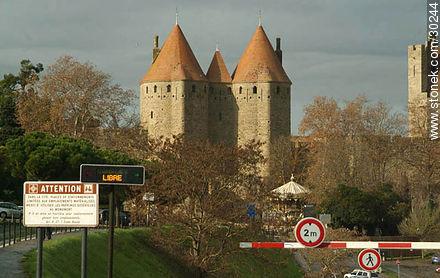 La Cité de Carcassonne - Photos of La Cité de Carcassonne - Region of Languedoc-Rousillon - FRANCE. Image #30244