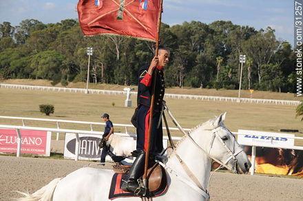 January 6, 2009. Prize J.P. Ramírez. - Photos of Maroñas horse racetrack - Department and city of Montevideo - URUGUAY. Image #31257