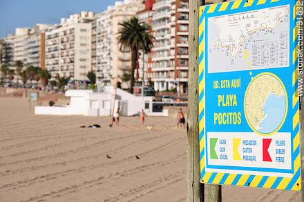 Pocitos beach - Photos of Pocitos quarter - Department and city of Montevideo - URUGUAY. Image #31632