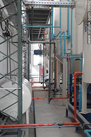 Industrial plant - Photos of Young city - Rio Negro - URUGUAY. Image #35052
