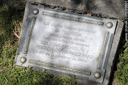 Tribute to Zelmar Michelini and Héctor Gutiérrez Ruiz - Photo of Florida city - Department of Florida - URUGUAY. Image #35601