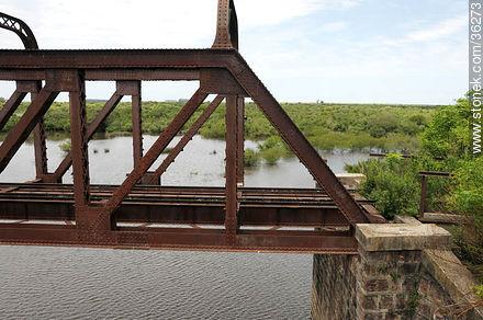 Railroad bridge over Cuareim or Quarai river. - Photos of Cuareim - Artigas - URUGUAY. Image #36273