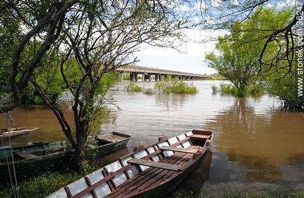 Barra do Quaraí, Brazil. Quarai or Cuareim river. - Photos of Cuareim - Artigas - URUGUAY. Image #36247