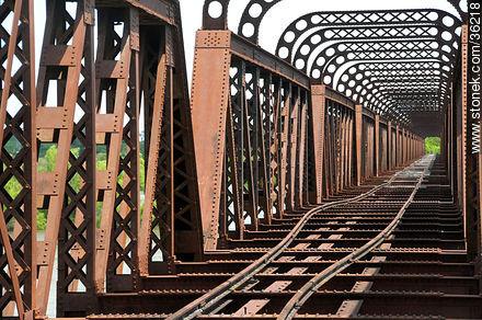 Barra do Quaraí, Brazil. Railroad bridge. Out of order. - Photos of Cuareim - Artigas - URUGUAY. Image #36218