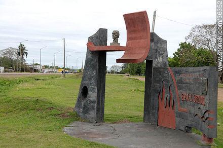 Raúl Sendic memorial - Photos of Bella Unión - Artigas - URUGUAY. Image #36352