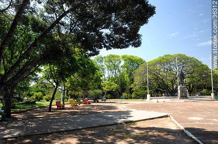 25 de Agosto Square. - Photos of Bella Unión - Artigas - URUGUAY. Image #36312
