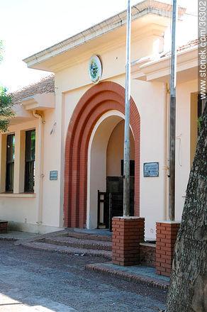Public school of Bella Unión - Photos of Bella Unión - Artigas - URUGUAY. Image #36302
