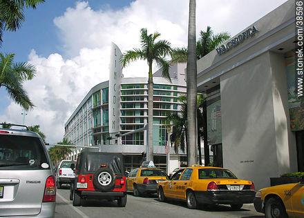Miami. Lincoln Center. - Photos of Miami - State of Florida - USA-CANADA. Image #38596