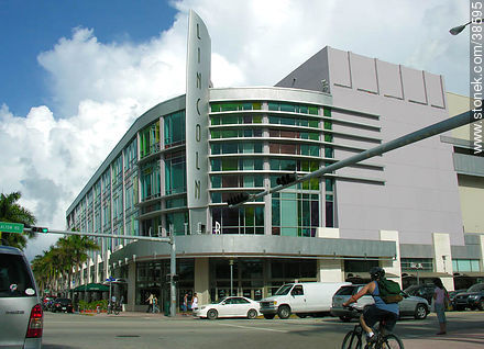 Miami. Lincoln Center. - Photos of Miami - State of Florida - USA-CANADA. Image #38595