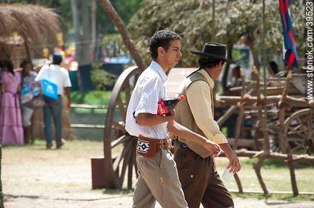 Gaucho Coke - Photos of Patria Gaucha festivity - Tacuarembo - URUGUAY. Image #39523