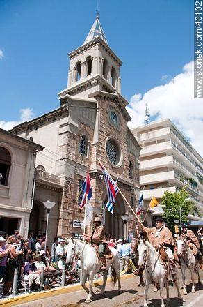San Francisco Cathedral - Photos of Native Societies parade - Tacuarembo - URUGUAY. Image #40102