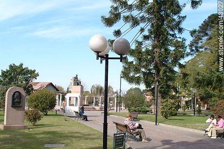 Plaza estación La Paz - Photos of city La Paz - Department of Canelones - URUGUAY. Image #43027