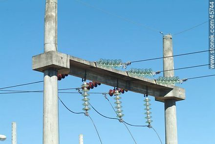 Power lines - Variety photos of State of Canelones - Department of Canelones - URUGUAY. Image #45744