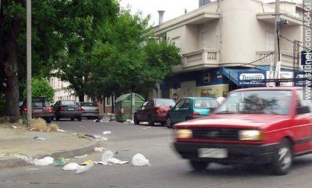 Volatile garbage - Things to correct - URUGUAY. Image #46461