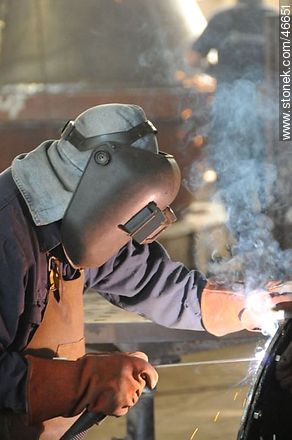 Electric welding - Photographic stock - MORE IMAGES. Image #46651