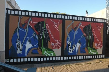 Mural in the city of Rosario - Photos of the City of Rosario - Department of Colonia - URUGUAY. Image #46705