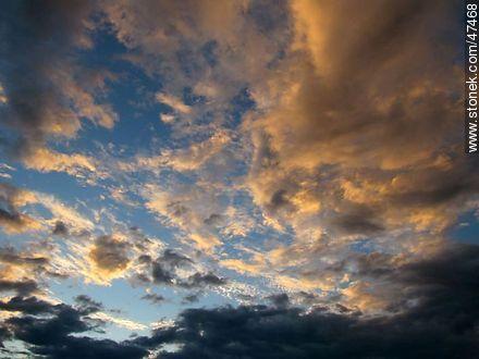 Clouds at sunrise - Photos of Piriapolis - Department of Maldonado - URUGUAY. Image #47468