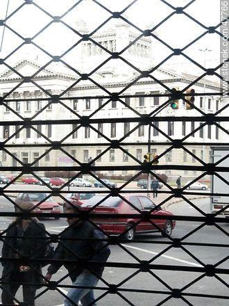Palacio Legislativo behind the curtain - Extra photos of Montevideo. - Department and city of Montevideo - URUGUAY. Image #47766