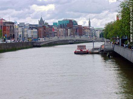 River Liffey - Photos of Dublin - Ireland - BRITISH ISLANDS. Image #48773