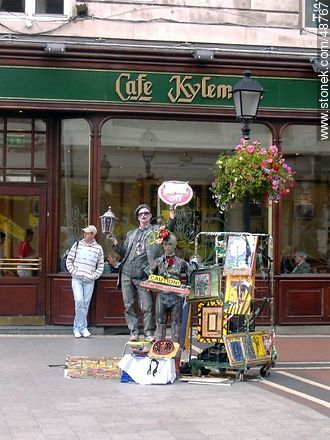 Street art in front of Cafe Kylem - Photos of Dublin - Capital city, BRITISH ISLANDS. Image #48767