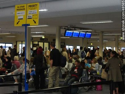 Waiting Room at Dublin Airport - Photos of Dublin - Ireland - BRITISH ISLANDS. Image #48585