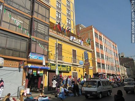 Illampu street of La Paz - Photos of the City  of La Paz - Bolivia - Others in SOUTH AMERICA. Image #52079