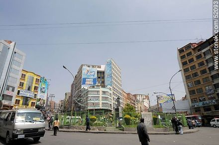 Plaza Vicenta Juariste Eguino Square - Photos of the City  of La Paz - Bolivia - Others in SOUTH AMERICA. Image #52093