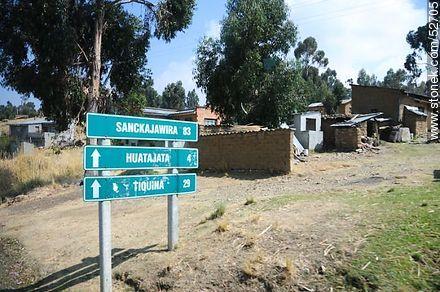 Sanckajawira: 83 Huatajata: 4 Tiquina:29 - Photos on Lake Titicaca in Bolivia - Bolivia - Others in SOUTH AMERICA. Image #52705