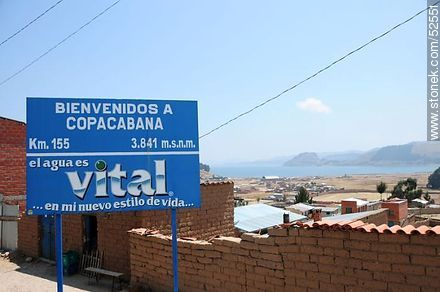 Welcome to Copacabana - Photos of the City of Copacabana - Department of La Paz, Others in SOUTH AMERICA. Image #52551