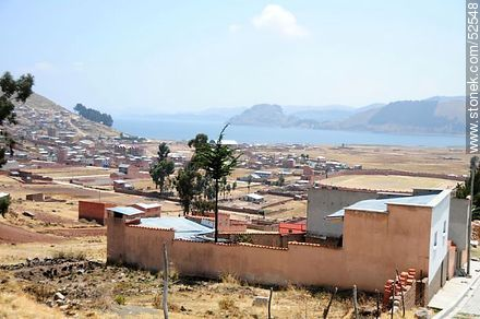 Copacabana on Lake Titicaca - Photos of the City of Copacabana - Department of La Paz, Others in SOUTH AMERICA. Image #52548