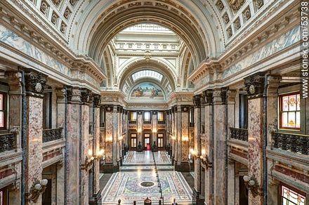 Salón de los Pasos Perdidos del Palacio Legislativo. - Photos of Palacio Legislativo - Department and city of Montevideo - URUGUAY. Image #53738