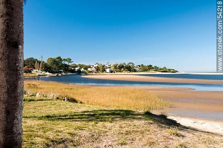El Tesoro beach. Maldonado river. - Photos of La Barra and Manantiales, URUGUAY. Image #54218