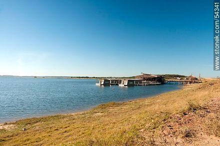 Floating Hotel Laguna Garzón - Photos of Garzon lagoon - Department of Rocha - URUGUAY. Image #54341