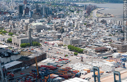 Partial aerial view of the container yard, Comando General de la Armada, ANP, Club Neptuno, Banco de la República... - Photos of the Old City - Department and city of Montevideo - URUGUAY. Image #55739