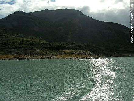 Sailing in Lake Argentino - Photos of the glacier Perito Moreno - ARGENTINA. Image #56369
