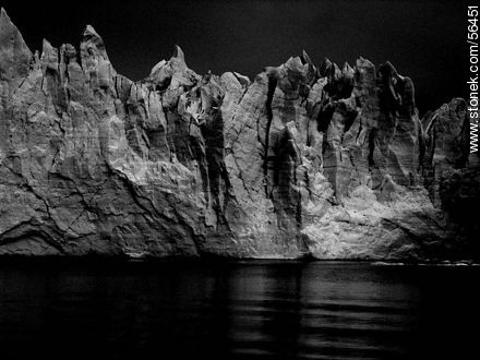 Perito Moreno glacier - Photos in Black and White. - MORE IMAGES. Image #56451