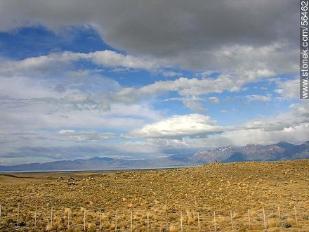 Arid Land of the province of Santa Cruz - Variety of photos of the Province of Santa Cruz - ARGENTINA. Image #56462