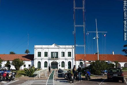 Old Customs building - Photographs of the port of Punta del Este, URUGUAY. Image #57388