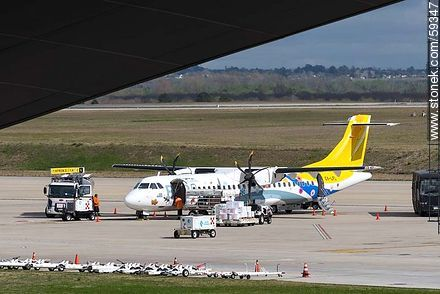 BQB ATR-72 airplane - Photos of the International Airport of Carrasco - Km 20, Route 101, URUGUAY. Image #59347