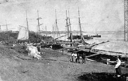 Salto. The beach, 1909 - Uruguayan old photos and drawings - URUGUAY. Image #59580