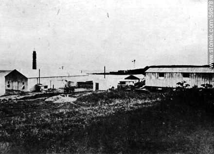Glass Factory «La Sud América», 1910 - Photos of Old Montevideo (2) - Department and city of Montevideo - URUGUAY. Image #59678