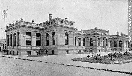 Institute of Chemistry, Faculty of Medicine, 1910 - Photos of Old Montevideo (2) - Department and city of Montevideo - URUGUAY. Image #59827