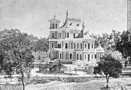 Summer residence at Villa Colón. Quinta in 1909 - Photos of Old Montevideo (2) - Department and city of Montevideo - URUGUAY. Image #59828