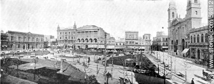 Constitution Square in 1909. Cabildo to the left. The Club Uruguay with Domingo Basso plants. On the right the Metropolitan Cathedral and the current  - Photos of Old Montevideo (2), URUGUAY. Image #59812