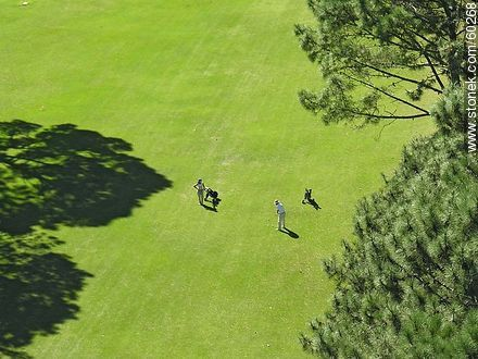 Playing golf - Photos of Laguna del Sauce, URUGUAY. Image #60268