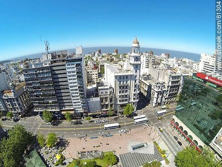 Aerial photo of Avenida 18 de Julio and Julio Herrera y Obes St. Rex Building, Santander and Republica banks - Photos of downtown - Department and city of Montevideo - URUGUAY. Image #61304